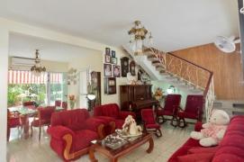 3.- Sala del Hostal Ivan y Lucy
