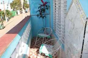 balcon-hostal-dunia-en-trinidad