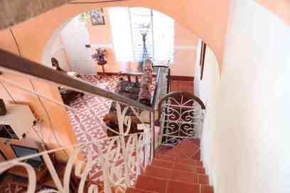 banio_casa-en-trinidad-subida-terraza