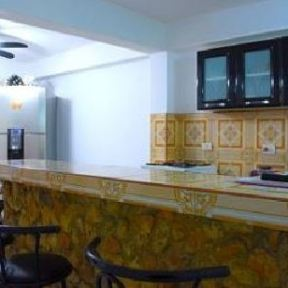bar-hostal-las-rosas-santiago