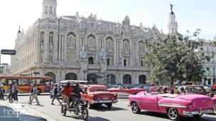 la-habana-vieja-in-american-classic-cars-private-tour-744 - copia