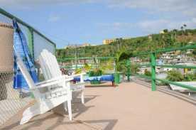 terraza-hostal-las-palmeras-baracoa-cuba